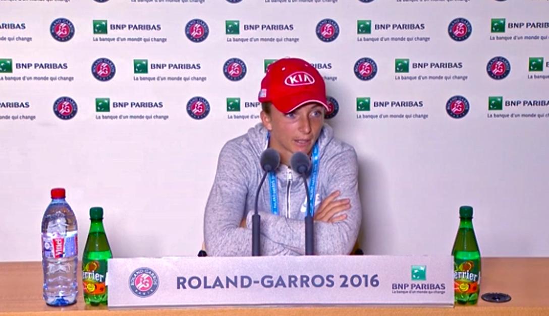 Nuestra Sara Errani @ Roland Garros 2016 durante su conferencia de prensa post-match v. Pironkova