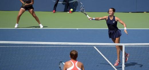 sara-errani-flavia-pennetta-us-open-2015-umpire-doubles