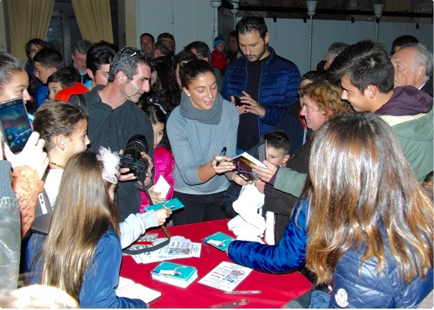 sara-errani-2016-massa-lombarda-fans-sindaco-comune